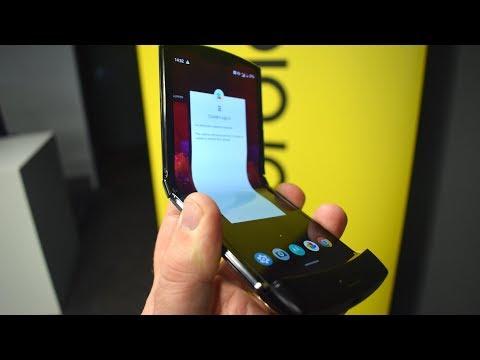 Foto Motorola RAZR 2019, video anteprima