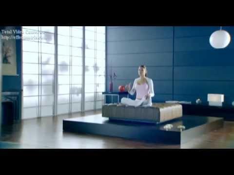 Zacisnąć mięśnie ramion w środowisku domowym wideo