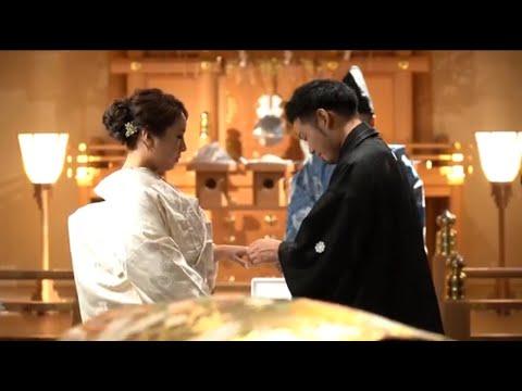 和装がとってもお似合いなおふたりが選ばれた神前式の様子をレポート♡ゲストも大注目の肉寿司入刀も必見です!