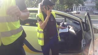 Профи полиции ЧЕРНОВ и Павлов спешат сохранить следы нарушения ХАНАКОВОЙ