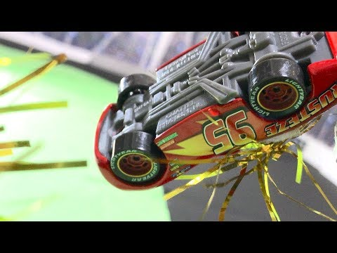 [Stop Motion] Disney Pixar Cars 3: Crash McQueen