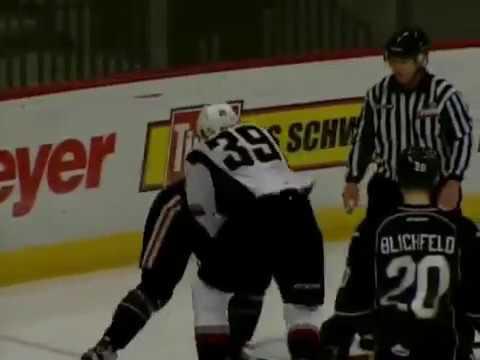Alex Overhardt vs. Johnny Wesley