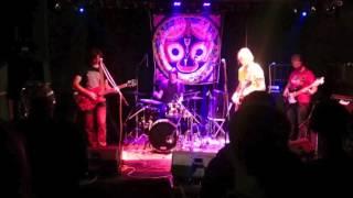 Video Hrnek (live show Klubovna Dejvice 28. 11. 2015)