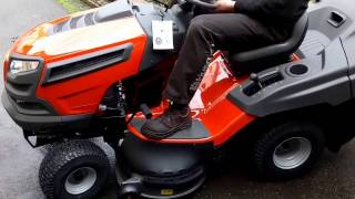 Show and test operating a tractor mower Husqvarna TC 139 T twin
