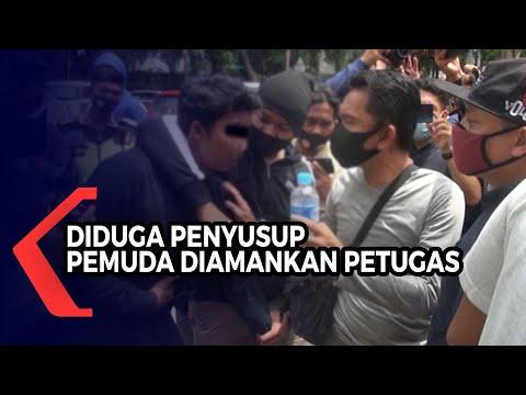 mencurigakan petugas tangkap sejumlah remaja diduga akan menyusup ke unjuk rasa mahasiswa