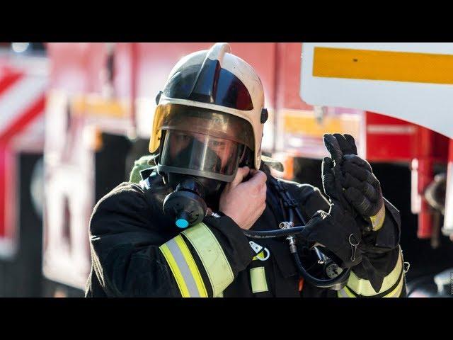 Спасти жизнь человека и потушить пожар