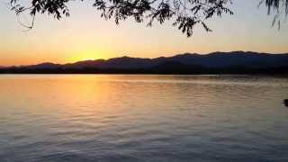 preview picture of video 'Pechino: Tramonto a Kunming Lake; Summer Palace'