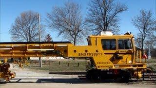 BNSF Maintenance of Way Undercutter Gang Leaves Siding