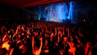 Faithless - God Is A DJ (Live) - Passing The Baton