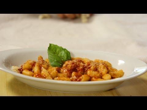 Homemade Gnocchi Recipe – Laura Vitale & Nonna – Laura in the Kitchen Episode 437