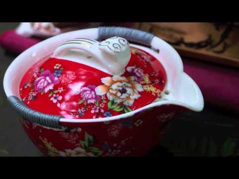 Die Salate mit dem wurzelständigen Sellerie für die Abmagerung das Rezept