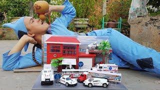Đồ Chơi Trẻ Em Bệnh Viện Xe Cấp Cứu ❤ ChiChi ToysReview TV ❤ Trò Chơi Ăn Mày Baby Play Hospital Car