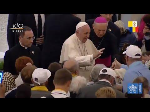 Visite du pape François à la cathédrale de Iasi