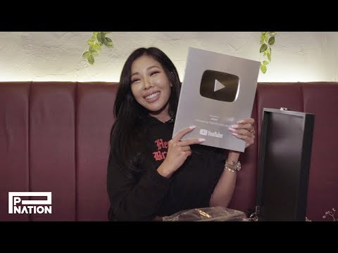 Jessi 💌 Happy (Early) Birthday & Unboxing The Silver Button!