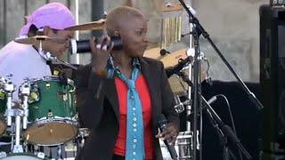 Angelique Kidjo - Djovamin Yi - 8/13/2006 - Newport Jazz Festival (Official)