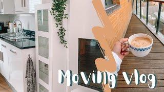 VLOG | MOVING INTO MY NEW FLAT | EMILY ROSE