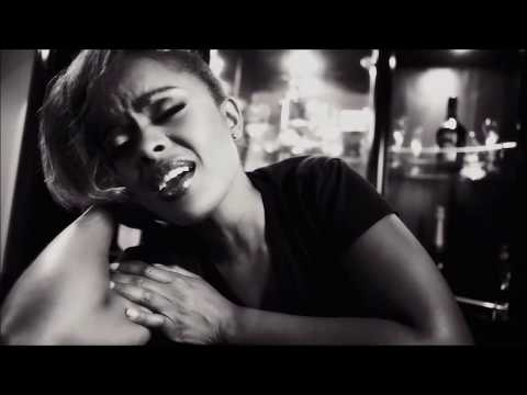 AVRIL - Hakuna Yule (Missing You) - Official Video download