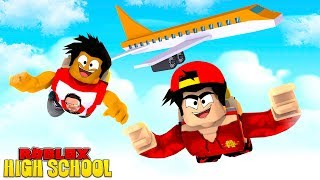 ROBLOX HIGH SCHOOL ROLEPLAY - DONUT & ROPO GO SKY DIVING ON THEIR SCHOOL TOUR!!