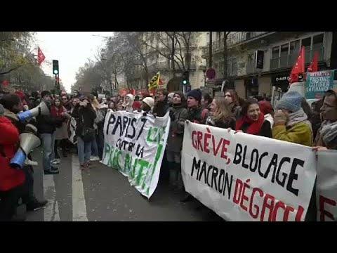 Μπλακ άουτ από τις απεργιακές κινητοποιήσεις στη Γαλλία…