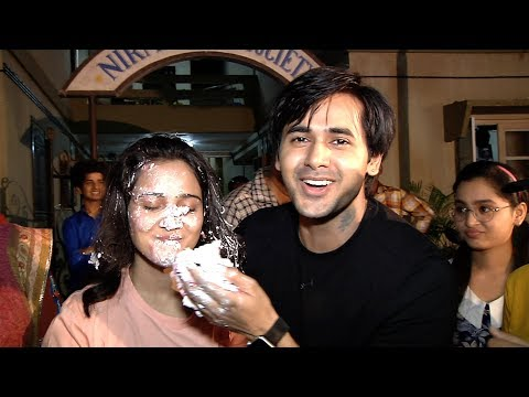 EXCLUSIVE  | Ashi Singh Birthday Celebrated Onset By The Cast And Crew
