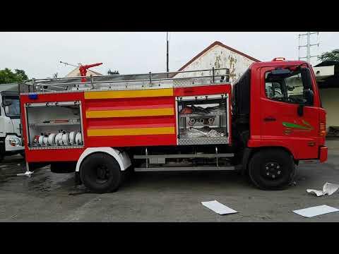 Xe chữa cháy 4 khối hino FC (4m3) cabin kép 3600l nước 400l bọt