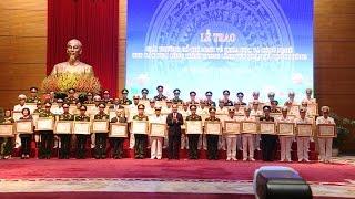 Trao Giải thưởng Hồ Chí Minh về khoa học và công nghệ trong lĩnh vực quân sự, quốc phòng