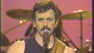 You've Got to Stand for Something - Aaron Tippin - Live