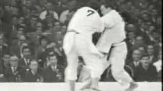 Judo Tokyo 1964: Inokuma (JPN) - Kiknadza (USSR)
