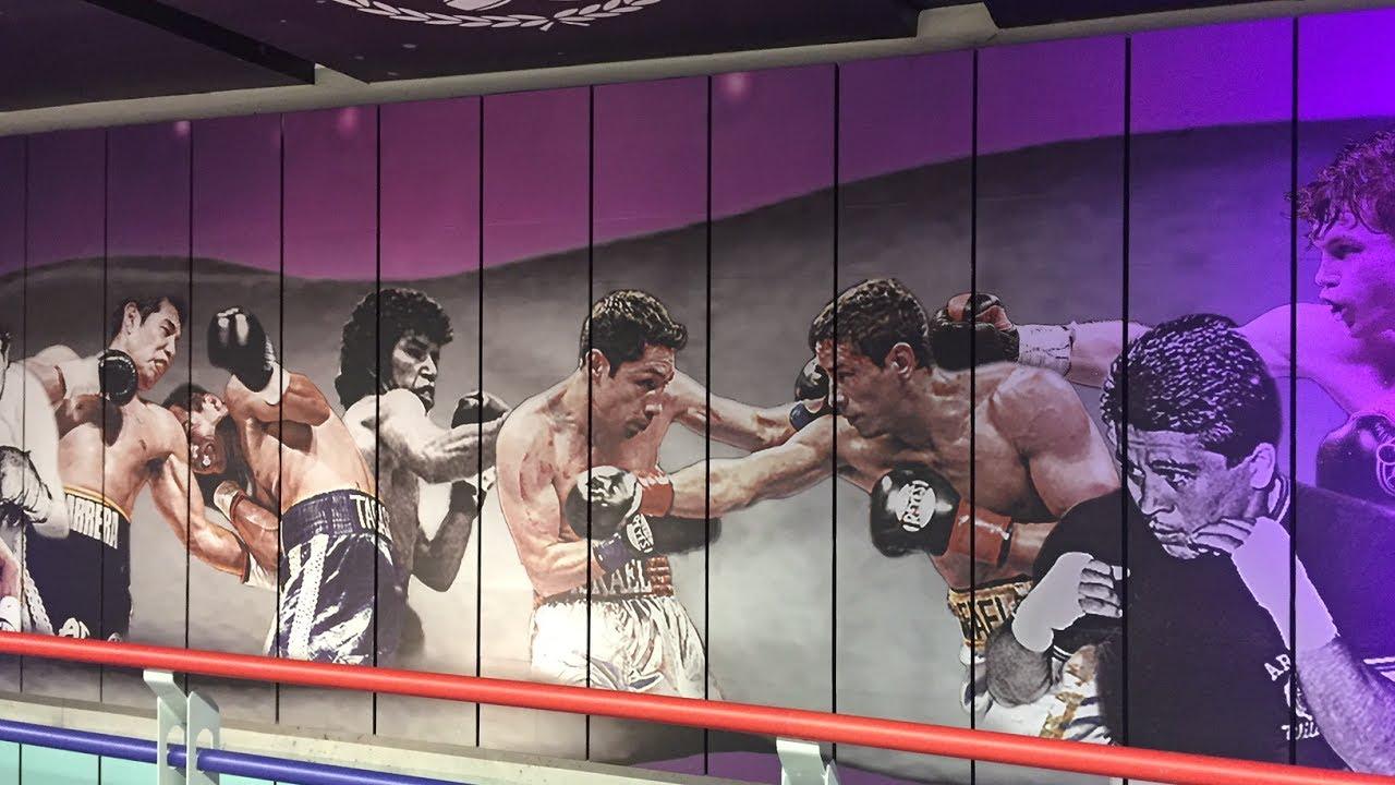 Las leyendas del boxeo mexicano en el metro de la ciudad