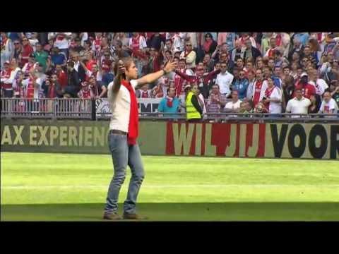 André Hazes Jr. - Bloed, Zweet en Tranen (Kampioenswedstrijd Ajax-Willem II 2013)