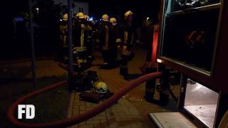 preview picture of video 'FF Wildau - Feuer Wohnung - Astern Ring - 21.06.2009'