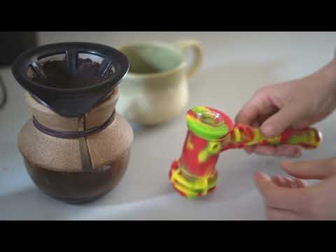 Pipa de Agua o Bubbler   Silicona y Vidrio   Hammer [Eyce]   Apegos Perú