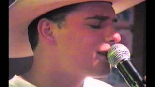 ANOTHER YOU (Brad Paisley) SUNG BY BARTENDER IN NASVILLE IN 1998