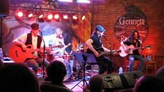 Stryper - Make You Mine (Live & Acoustic in Richmond, IN 6/9/14)