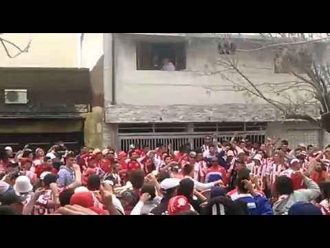 """""""Entrada - La Barra de la bomba."""" Barra: La Barra de la Bomba • Club: Unión de Santa Fe"""
