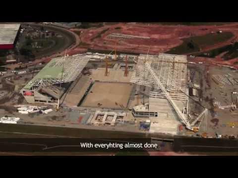 Ronaldo grava vídeo parabenizando o Timão pela Arena Corinthians