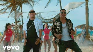Gente de Zona - Te Duele (Official Music Video)