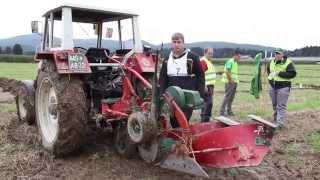 preview picture of video '58. državno tekmovanje v oranju in komisija DS za kmetijstvo na Kočevskem (S-TV Skledar)'