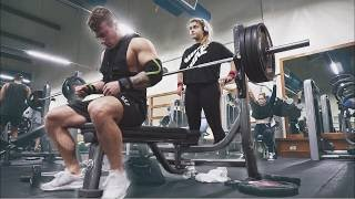 How I Increased My Bench Press From 225 to 315 in 1 Year.