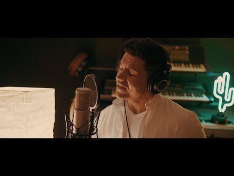 Raego - Víno (Official Music Video)