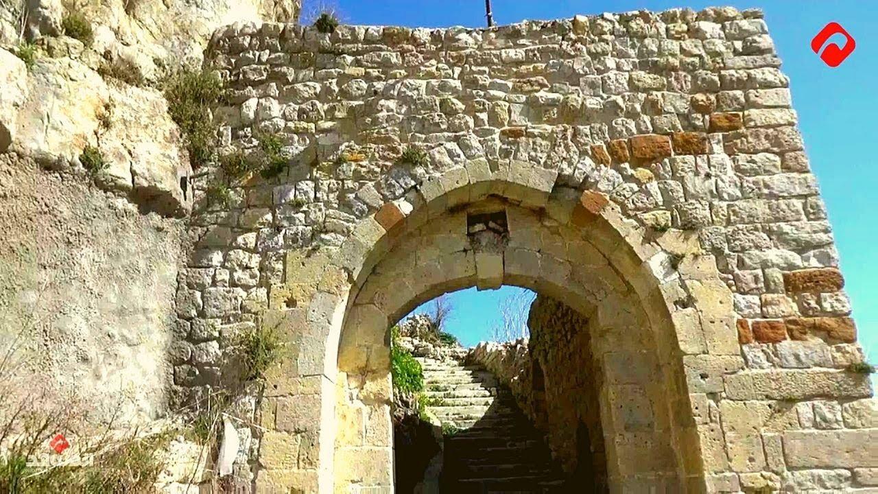 كاميرا المشهد  تسلط الضوء على إحدى أهم القلاع الأثرية المأهولة في سورية