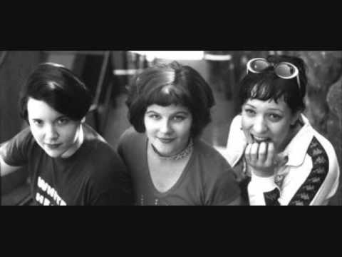 Bratmobile - Not In Dog Years