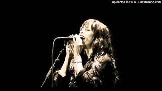 Alanis Morissette - Sympathetic Character Acoustic (Philadelphia , 6.14.05)