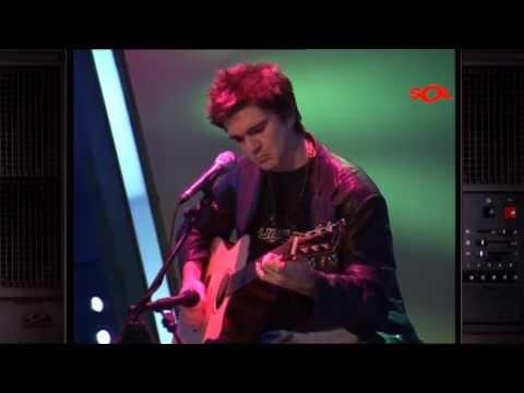 "Juanes ""Fíjate bien"" (A Solas 2001)"