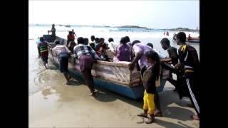 2013-12-25 Christmas morning on Kovalam beach Part 3