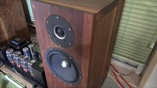 KT88プッシュプル真空管アンプとSEASの2WAYスピーカーで聴くLPレコード^^♪