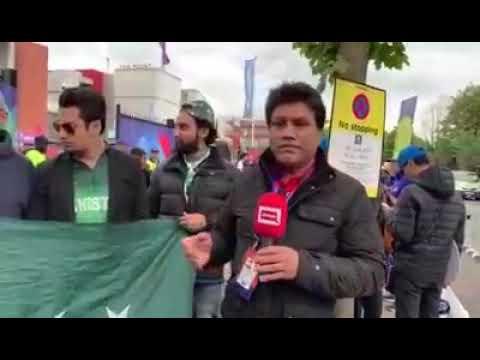 Pakistani badka hua fan