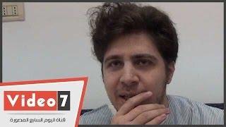 """بالفيديو.. اللحظات الأخيرة مع محمد قمّاح قبل إجراء عملية بالمخ.. ويخاطب جمهوره: """"ادعولى"""" تحميل MP3"""