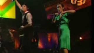 Julieta Venegas Eres Para mi ft Daddy Yankee y Kinky - MTV Tr3s (Video muy viejo)