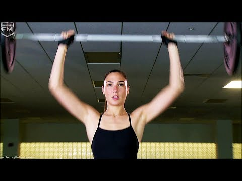 Gal Gadot training 'Wonder Woman' Featurette